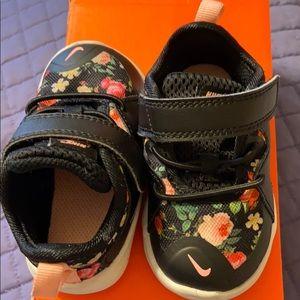 Infant Nike